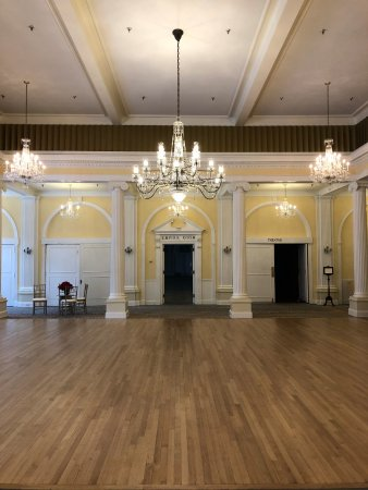 Hot Springs, VA: The Crystal Ballroom