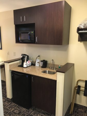 Kitchenette With Storage Picture Of Holiday Inn Express