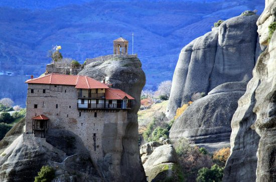 Private 2-Day Tour to the Top Unesco Sites of Delphi & Meteora...