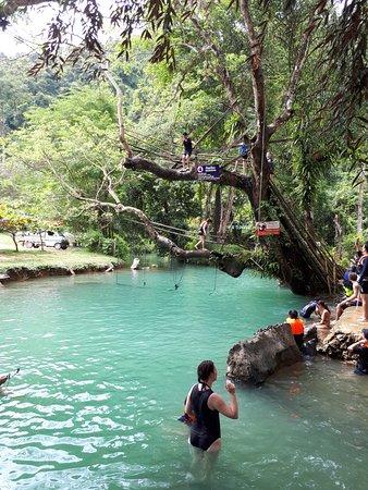 Tham Phu Kham Cave and Blue Lagoon: 블루라군1