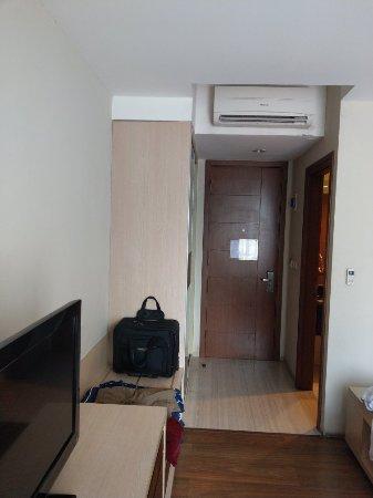Avissa Suites Photo