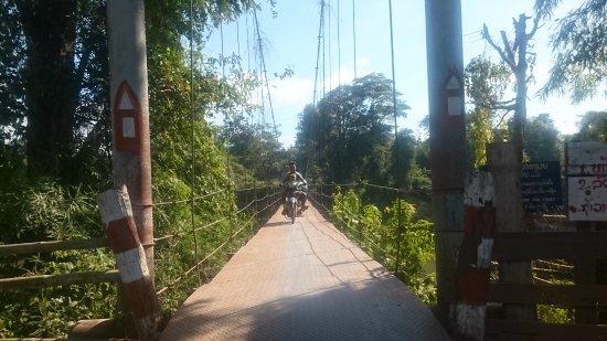 Salavan, Laos: Scarry Ride