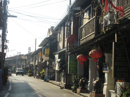 Chiang Khan Walking Street
