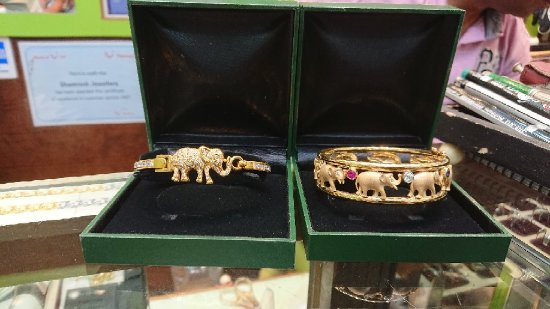 Shamrock Jewellers: DSC_0704_large.jpg