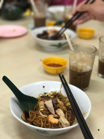 Restoran Xin Quan Fang : The over-hyped dry curry noodle