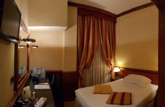 Best Western Hotel Moderno Verdi: 20171217_174001_large.jpg