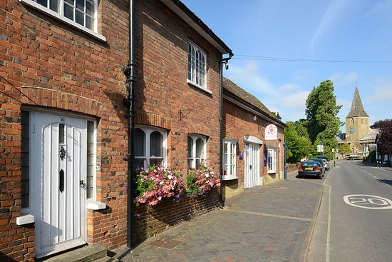 Alton, UK: Allen Gallery