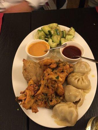 Himal Nepal Kitchen: Vorspeisenteller