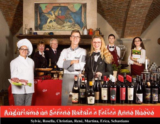 Lo Staff Di A La Table Du Sommelier Augura Buone Feste Picture