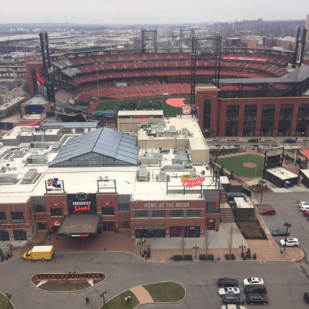 Hilton St. Louis at the Ballpark: photo0.jpg