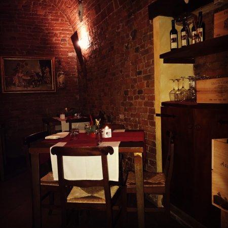 Infernot Cantina Con Cucina E Pizza Tortona Restaurant