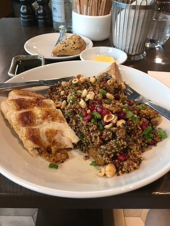 Gordon Ramsay Plane Food: Quinoa salad with grilled chicken breast.