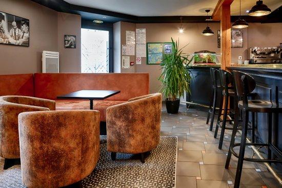 hotel anne de bretagne vannes voir les tarifs 30 avis et 19 photos. Black Bedroom Furniture Sets. Home Design Ideas
