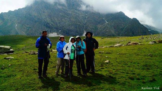 Kashmir Alpine Trek