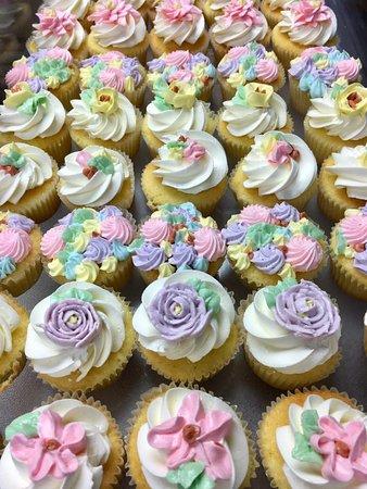 Wayne, Pennsylvanie : Delicious cupcakes from A Taste of Britain.