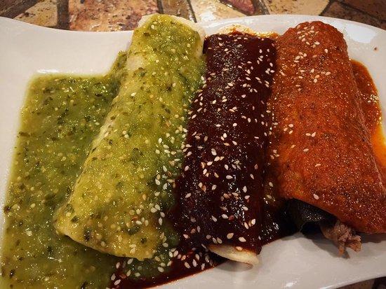 Sunny Isles Beach, فلوريدا: Mexican enchiladas with 3 salsas