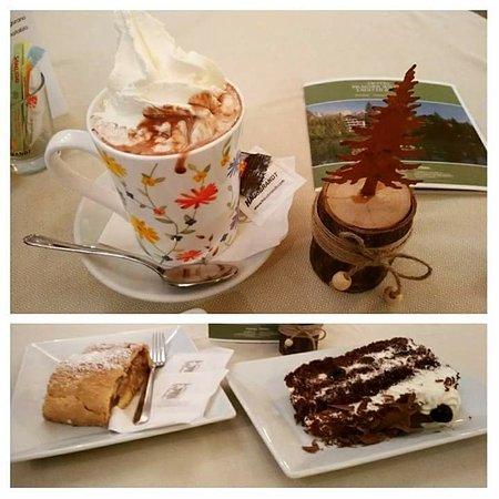 Hotel Pragserhof: Cioccolata calda, Strudel di mele e Foresta Nera