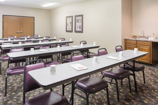 Iola, KS: Meeting Room
