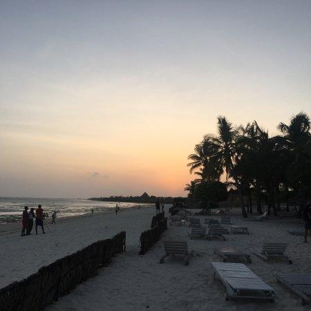 Jacaranda Beach Resort: photo1.jpg