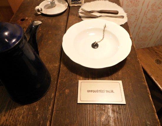 Korenov, Tjekkiet: Pověstný talíř