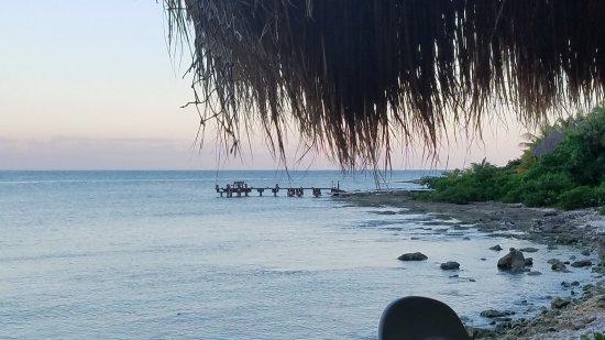 La Buena Vida Restaurant: The beach