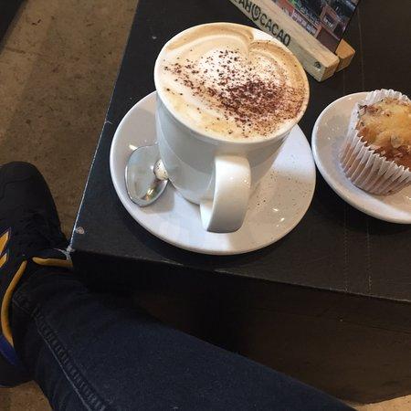 Ah Cacao Chocolate Café: photo0.jpg