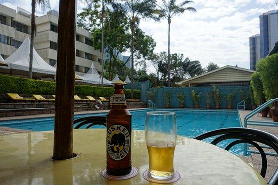 Pool garden restuarant nairobi restaurantbeoordelingen for Pool garden restaurant nairobi