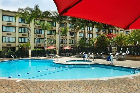 Holiday Inn Buena Park Hotel & Conference  Center: Pool