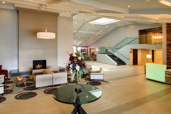 Holiday Inn Buena Park Hotel & Conference  Center: Lobby