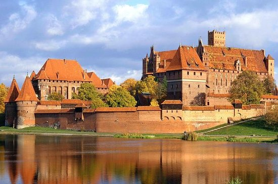 Malbork Castle with BBQ in Hel