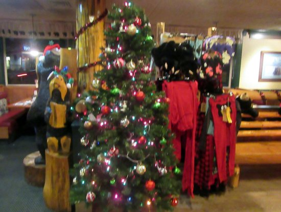 Christmas Tree 2017, Black Bear Diner, Napa, Ca