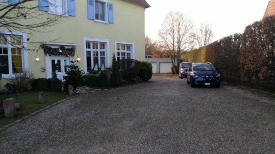 Baldenheim, France : Hotel's front