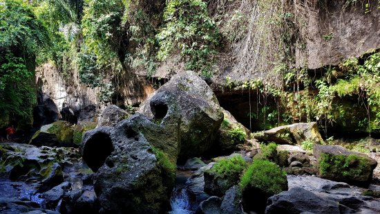 Beji Guwang Hidden Canyon