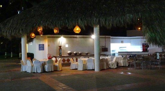 Melia Puerto Vallarta All Inclusive: The Grill Restaurant