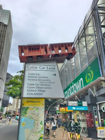 Wellington Cable Car: This way to the cablecar