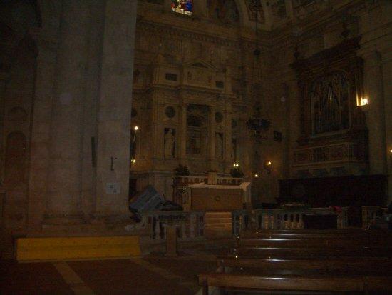 Tempio di San Biagio: interno chiesa