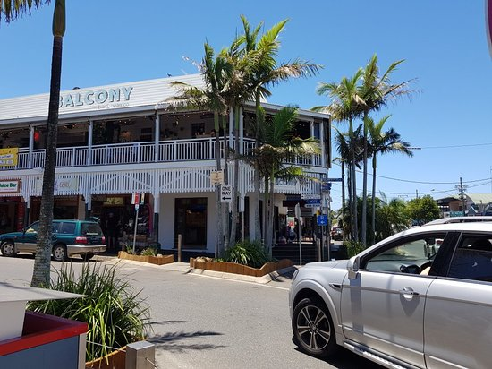 Foto de balcony bar ostras co byron bay for Balcony restaurant byron