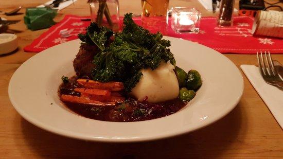 Westbere, UK: Rib of Beef Roast