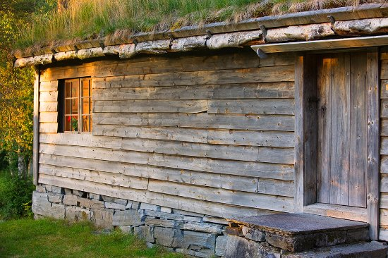 Sandane, Norveç: There are 44 old buildings in the outdoor museum. Foto: Ulf Palm.