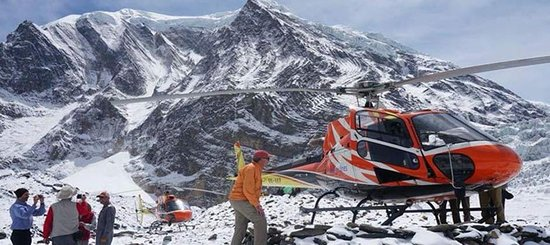 everest by helicopter