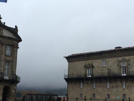 Plaza del Obradoiro: misty mountains