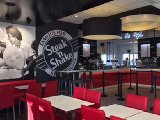 steak 39 n shake mondeville 18 rue aristide boucicaut restaurant avis num ro de t l phone. Black Bedroom Furniture Sets. Home Design Ideas