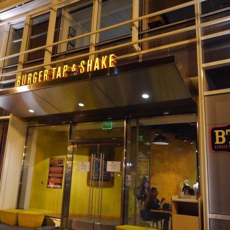 Burger Tap & Shake Foggy Bottom Photo