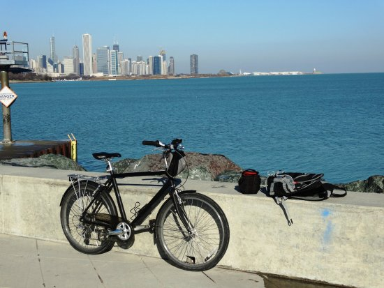 Chicago Bike Rental: Mild December ride!