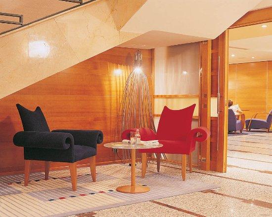 sercotel hotel corona de castilla burgos espagne voir les tarifs et 15 avis. Black Bedroom Furniture Sets. Home Design Ideas