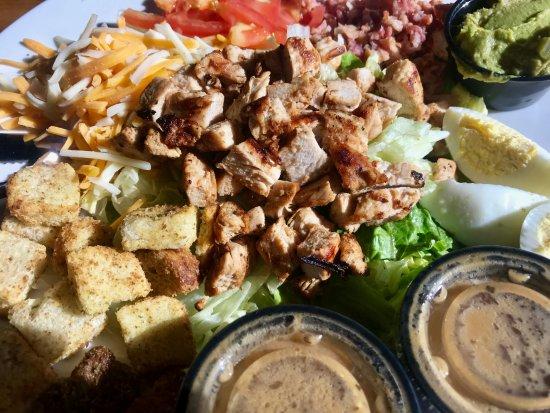 Rainbow City, AL: Cobb Salad