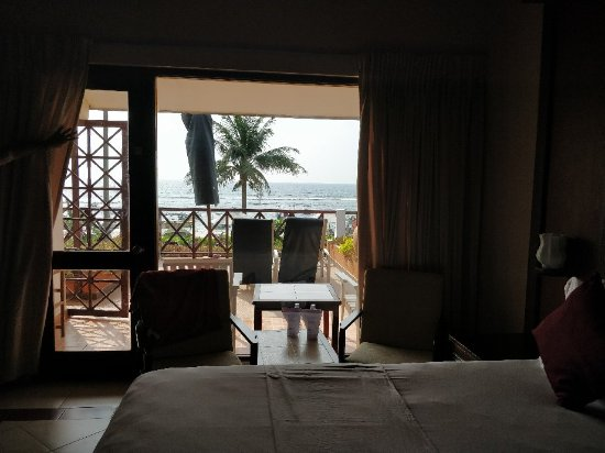 Coral Sands Hotel: IMG_20171213_144041_large.jpg