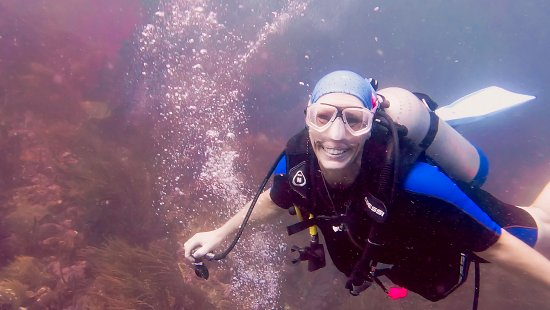 Carriacou Island, Grenada: Happy underwater! Fiona at Sisters Rocks