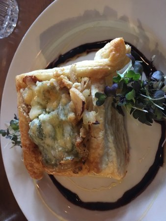Yarmouth, ME: Apple Blue Cheese Puff Pastry