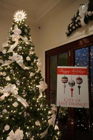 Short Hills, NJ: Happy Holidays!